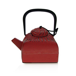 DRAPÉ - Cast-iron teapot red - 4 cups