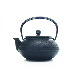 GINGKO  - Cast-iron teapot black - 3 cups