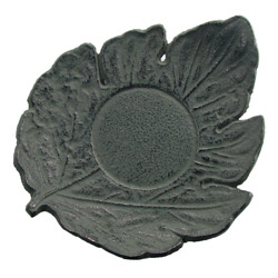 LEAF shaped saucer - Cast-iron green
