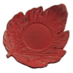 LEAF shaped saucer - Cast-iron red