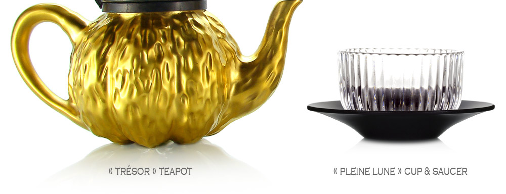 TRÉSOR : stoneware teapot made in France, enameled with gold, crowned by an attached pewter lid and its patina of age. PLEINE LUNE black laquered saucer & fluted glass tea cup