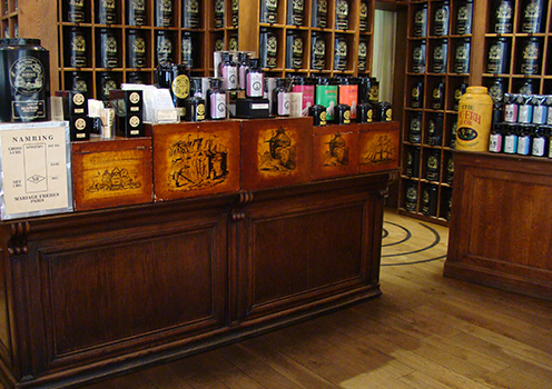Mariage Frères French tea shop in Paris , tea Emporium , museum , tea house and restaurant located Faubourg Saint Honoré : Étoile