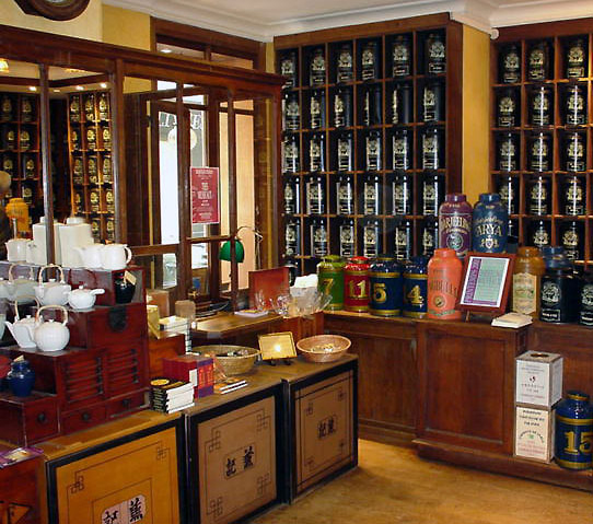 Mariage Frères French tea shop in Paris , tea Emporium and museum tea house and restaurant located rue des grands Augustins : Rive Gauche