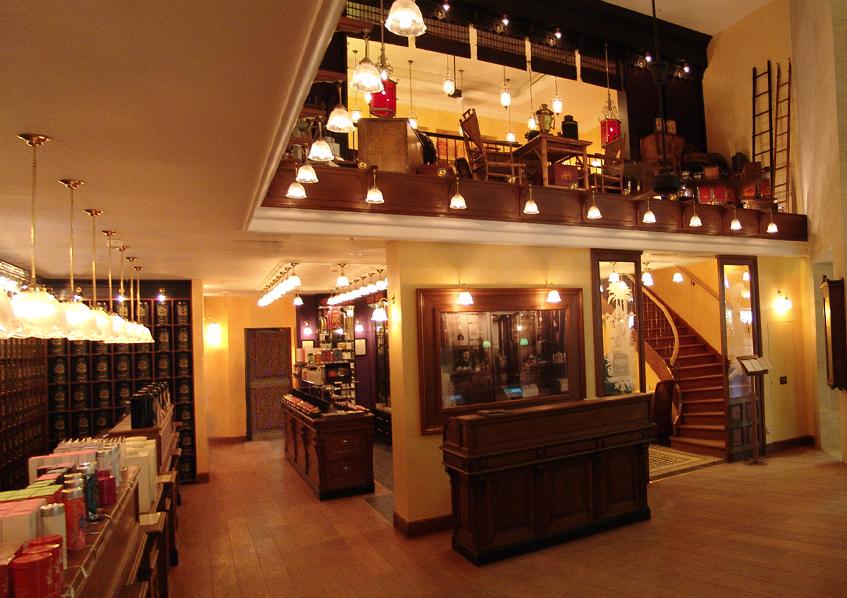 Mariage Frères French tea shop in Paris , Louvre Museum