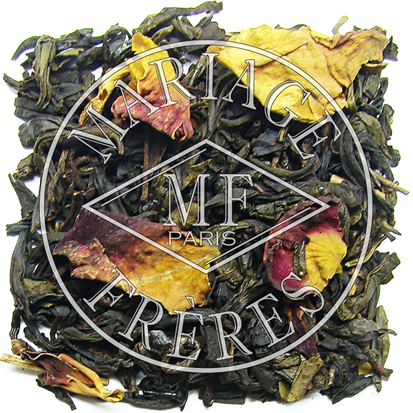 Classic tea blend : black tea from China, Darjeeling, Assam, Africa or Ceylon, green tea, oolong blue tea, smoked tea and white tea and jasmine tea