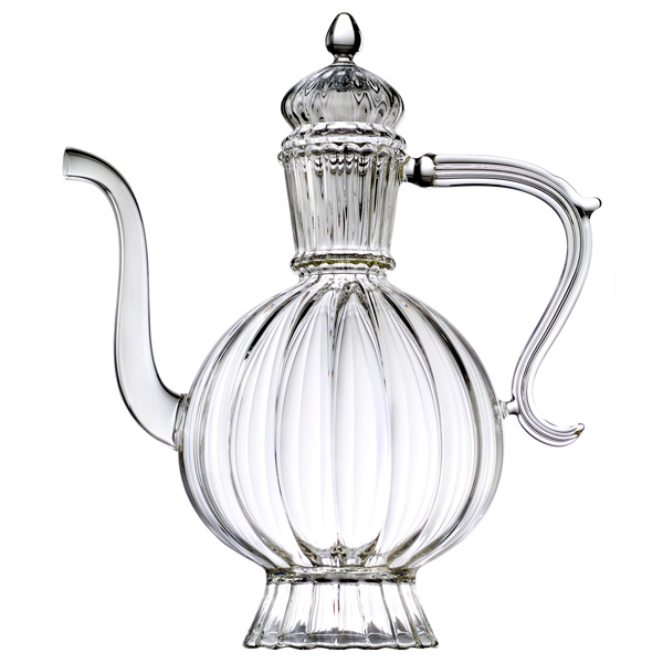 Teapot, in blown glas, in porcelain, stoneware and cast-iron or cast iron with a large capacity, more than 5 tea cups