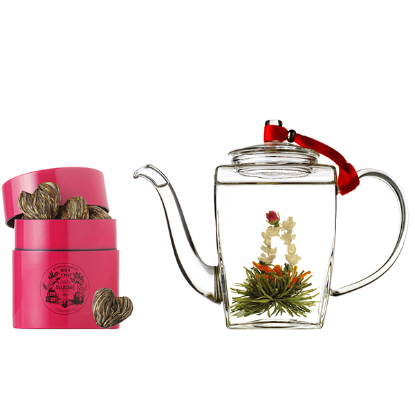 Spectacular tea gift set. Crafted green tea with jasmine